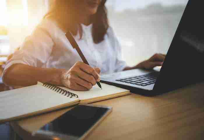 Cursos en linea para empresas capacitacion inversion